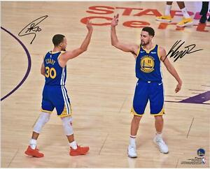 """Stephen Curry & Klay Thompson GS Warriors Signed 16"""" x 20"""" High Five Photo"""
