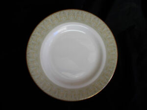 Royal Doulton SONNET  Dessert  plate. Diameter 8 inches