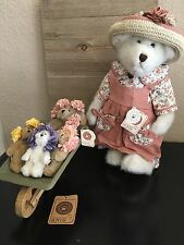 Boyds Bear Mrs. Potter and Her 4 Sprouts, Stand, Wheelbarrow included
