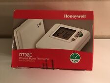 Honeywell DT92E Wireless Room Thermostat With ECO Feature