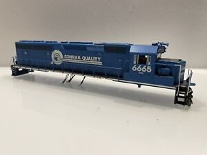 Athearn Genesis HO scale Conrail SD45-2 SHELL ONLY Road Number 6665