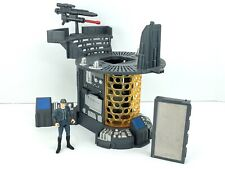 2001 Kenner Star Wars POTJ Carbon Freezing Chamber Playset + Bespin Guard