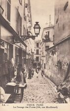AK Paris - Le Passage des Postes ( 104, rue Mufletard ). ca.1910