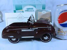 Hallmark kiddie Car Classics 1937 Airflow With Box