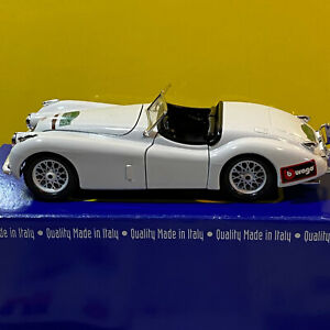 Burago 1/24 Scale Jaguar XK 120 Roadster 1948 With Original Box & Paperwork