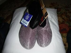 DEARFOAM GRAY WOMENS BOOTIE SLIPPERS, SIZE LARGE (9-10) NEW WITH TAGS $36.