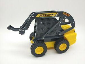 TOMY Skidsteer Loader Vehicle Holland Farm Toy w Lights Sound. No attachments