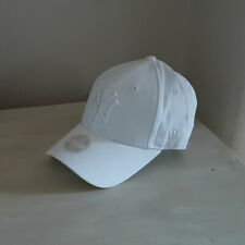 New York Yankees Womens MLB 9FORTY White Adjustable Baseball Cap