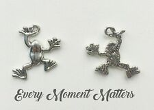 10 x Tibetan Silver FROG TOAD REPTILE 25mm x 19mm Charm Pendant