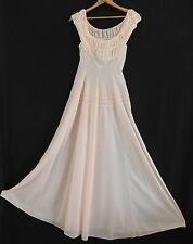 Vtg Extacee Intimate Night Gown Size Bust 34.5 Fits (XS) Peach Full Length Nylon
