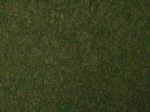 "Walthers SceneMaster HO Scale Tear & Plant Tall Grass (Dark Green) 7-7/8 x 9"""