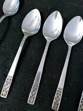 Customcraft Stainless Fleur De Lis Flatware