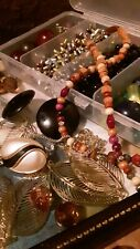 Mixed bead jewelry making lots, see photos to view full lot