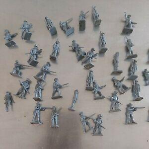 Vintage American Civil War Confederate Infantry - 35 figures