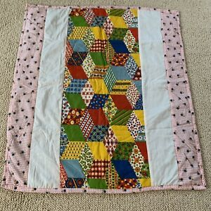 """Vintage 60s/70s Baby Quilt Hand Made Patchwork 33""""x37"""" Primary Colors Green Red"""