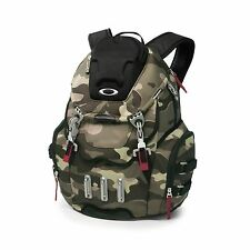 BRAND NEW MEN'S OAKLEY BATHROOM SINK CAMO BACKPACK BOOKBAG BAG