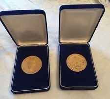 1984 Los Angeles Olympics ATHLETE & VOLUNTEER Participation Medals in Cases (2)