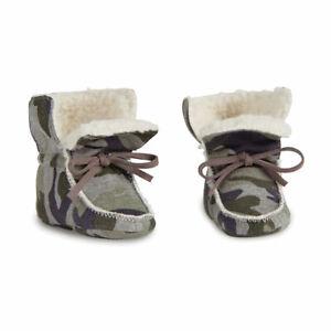 NWT Mud Pie Infant Camo Sherpa Booties