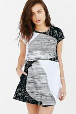 Urban Outfitters Alice + UO Half Moon Shift Dress B&W S/O Size XS NWT
