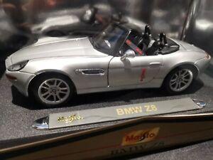 MAISTO 1/18 36896 BMW Z8 SILVER