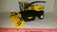 1/64 ertl custom farm toy new Holland fr850 chopper w/ tracks & folding head