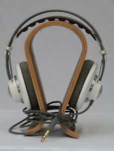 AKG K701 Over the Head Reference Class Headphones