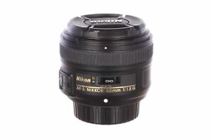 Nikon 50mm f1.8 AF-S DX G with HB47 hood, MINT, 6 month guarantee