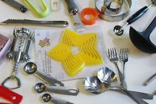 Kitchen Can Opener Cookie Cutters Spatula Peeler Cheese Slicer Knives Gadget Lot