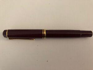 Pelikan Füller mit Goldfeder