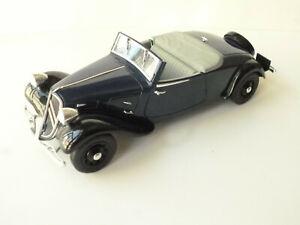 1/18 Citroën Traction AV 11 Cabriolet 1938 Bleu/Noir Solido ref: 8178