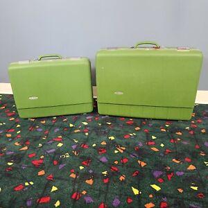 VINTAGE SEARS FORECAST SUITCASE Train Luggage Set of 2 Cases RARE Avacodo