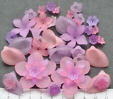 46 x mix di lucite / Plastica Perline 10/40 mm 24 GMS Viola, Rosa Fiori Pack 28