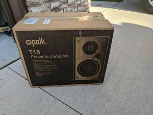 Polk T15 Bookshelf Speakers - Black New open box