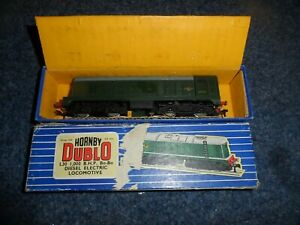 HORNBY DUBLO MODEL RAILWAYS OO GAUGE 3 RAIL BO-BO DIESEL LOCOMOTIVE D8000 BOXED