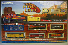 BACHMANN HO BNSF RAIL CHIEF FREIGHT SET 706 train box car ez track engine 00706
