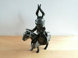 PLAYMOBIL - 1 MOUNTED BLACK KNIGHT WITH ACCESSORIES