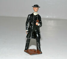 Vintage Prewar Britains lead - CURATE ('THIN' VICAR)