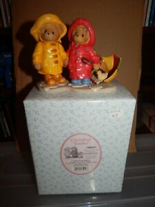 Cherished Teddies Joey & Lindsey In Raincoats Figure Boxed