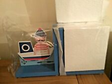 BN Gisela Graham Ltd - Pair of Wooden Bookends - Sailor in Sailing Boat
