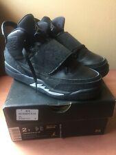 Air Jordan Son Of Mars  Blk size youth Kids 512246 010 sz 2 Boys Girls Sil  Gray