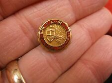 """VERY NICE VTG 10K YELLOW GOLD FILLED TRADE UNION? PIN """"L-M REGISTERED MECHANIC"""""""