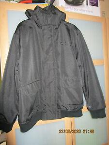 Southpole Jacke Größe L (Schwarz)