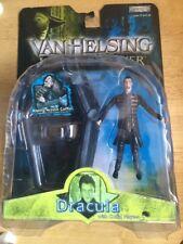MOC! 2004 VAN HELSING DRACULA FIGURE W/ COFFIN PLAYSET