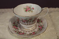 ROYAL ALBERT TEACUP AND SAUCER - HYDE PARK SERIES - PINK ROSES WITH MAUVE BAND