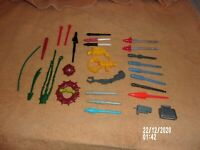 X-MEN, MARVEL, TOYBIZ, SUPERHERO DC MISSILE, WEAPONS LOT OF 28 MIXED WEAPONS