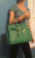 GORGEOUS GREEN BIRKIN INSPIRED 35CM ITALIAN LEATHER HANDBAG WITH LOCK AND KEY