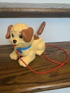 FISHER PRICE DOG - Pull Along Walking Puppy Vintage 2005 - Brown/Yellow Classic