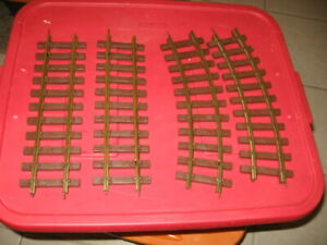 Lionel O? Scale Train Tack 2 straight 2 curved.