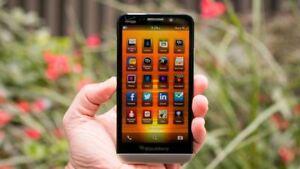 "BlackBerry Z30 Black 16GB 8MP 5"" 4G LTE (Unlocked) Smartphone GRADE"
