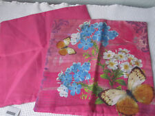 2 hübsche Kissenbezüge 40 x 40 - Neu - pink -Schmetterling -Blumen-Romantik Look